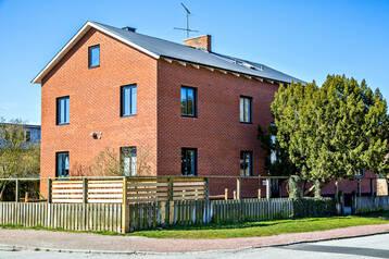 Fastighet på Rosenvång