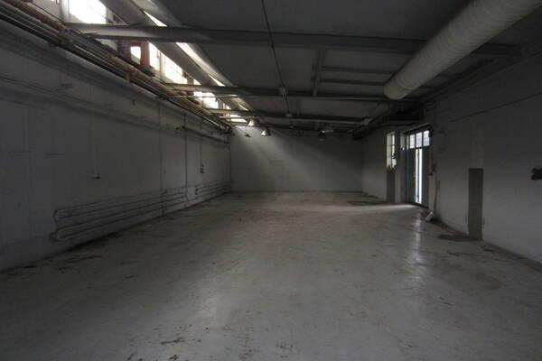Importgatan 21, Hisings Backa, Lager