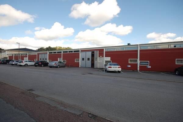 Järnvägsgatan 36, Kungsbacka, Lager