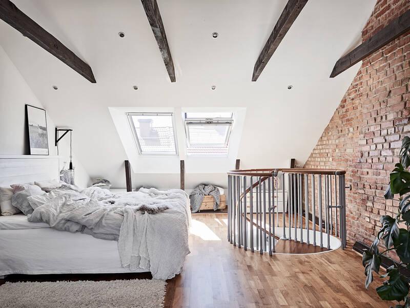 Ljus och stilfullt renoverad etagelägenhet i mysiga BagaregårdenVis