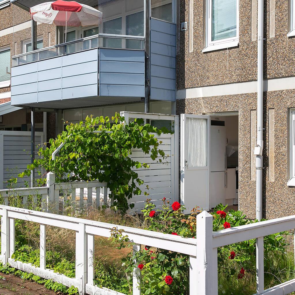 Totalrenoverad lägenhet med två uteplatser