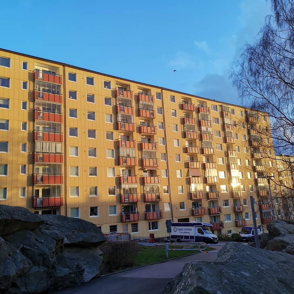 Molnvädersgatan 32, Biskopsgården