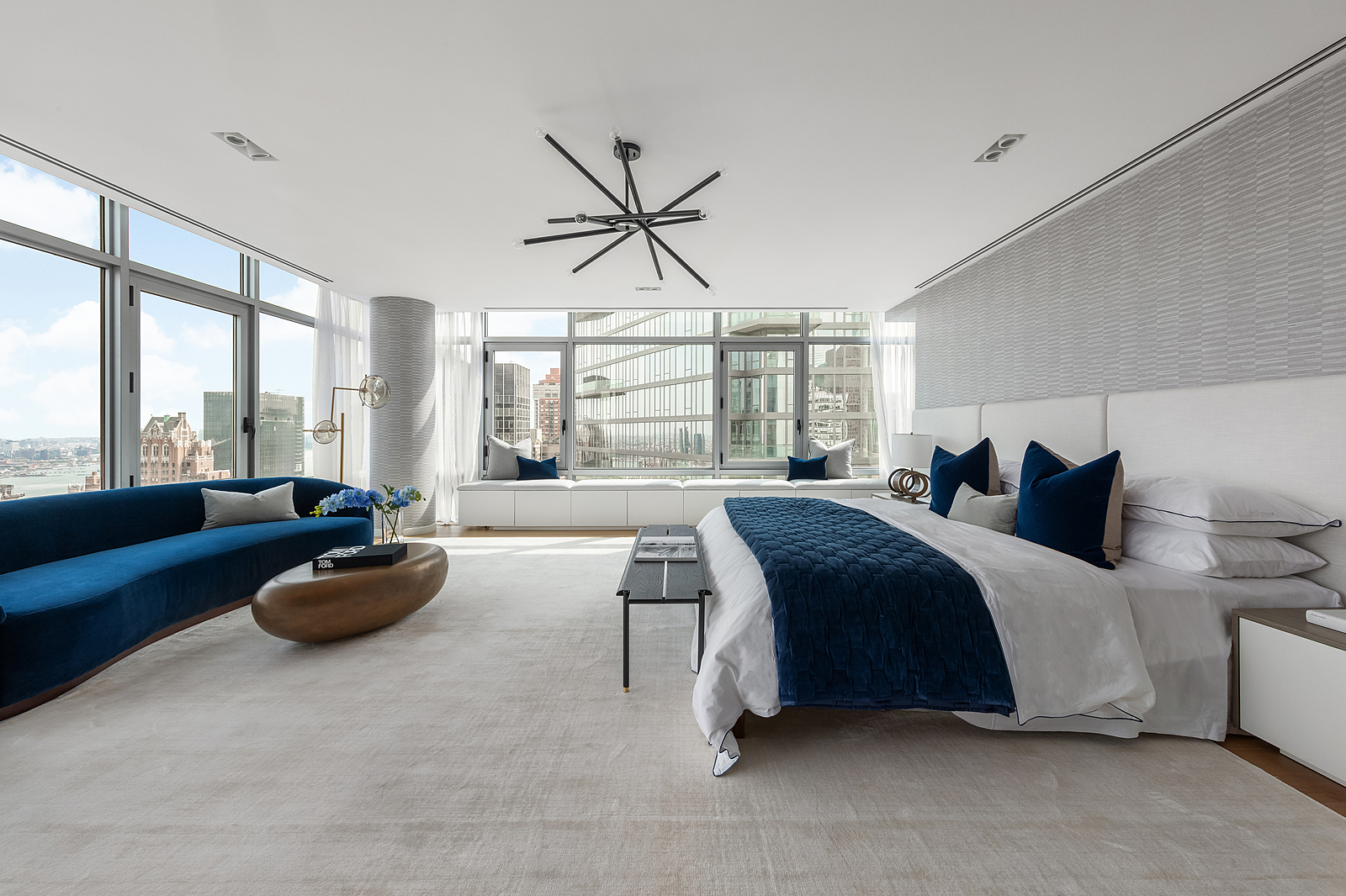 219East44thStreetPH-MidtownNewYork_Aaron_Ross_DouglasElliman_Photography_83045150_high_res
