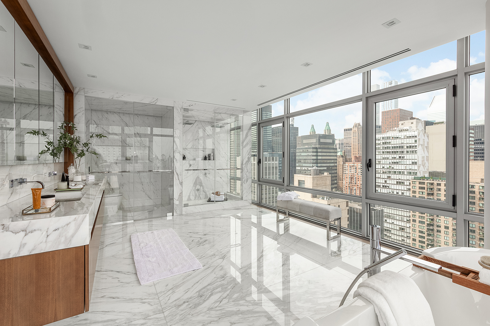 219East44thStreetPH-MidtownNewYork_Aaron_Ross_DouglasElliman_Photography_83045164_high_res