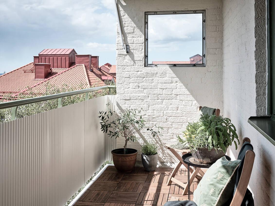 Vindskyddad balkong på nästan 6 kvm.