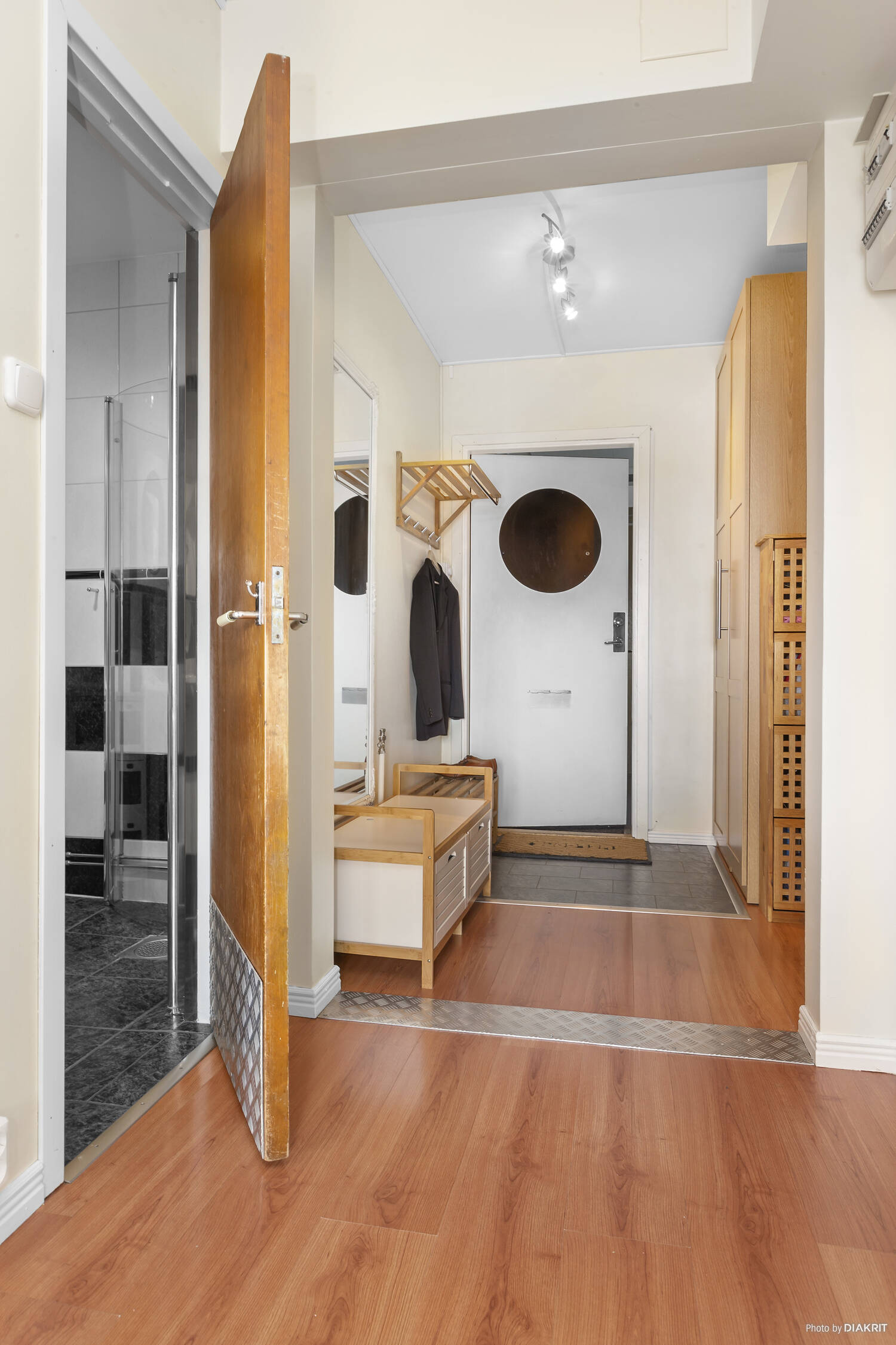 Hall  / Passage