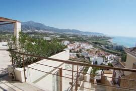 Villa med spektakulär utsikt i Punta Lara