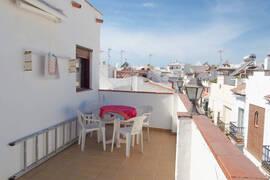 Andalusiskt radhus i Parador i Nerja