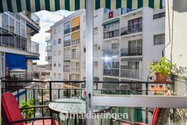Central lägenhet i Nerja med massor av charm!