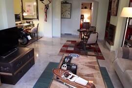 Lägenhet i Los Naranjos de Marbella