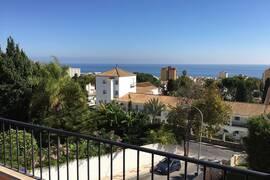 Ny och fräsch takvåning nära La Carihuelas stränder, Torremolinos