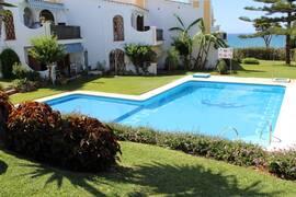 Prissänkt med 47.000EUR: Duplex med 3 sovrum i mysigt bostadsområde i Mijas Costa