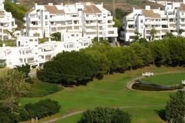 Moderna och lyxiga trerumslägenheter i Golf Garden Miraflores
