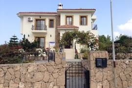 Villa i Arapkoy, öster om Kyrenia, North Cyprus