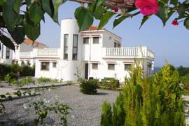 Villa i Bacheli, östra Kyreniakusten