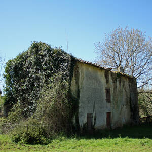 Det gamla klostret byggt pa romargrund
