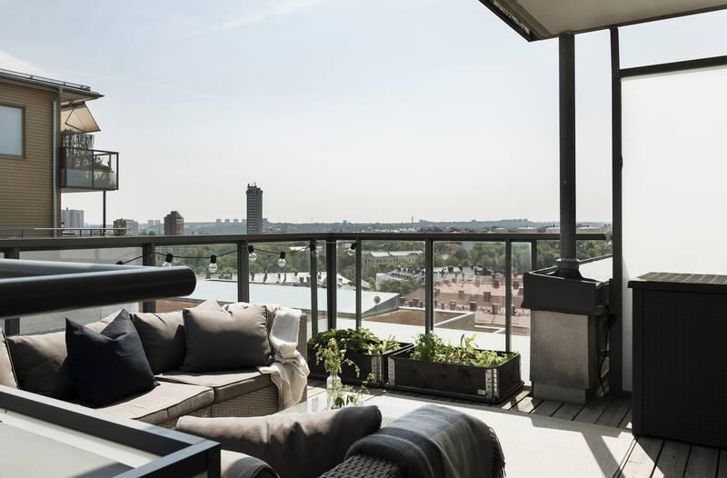 Nestor Fastighetsmäkleri – Ulriksborgsgatan 7 – Hörntrea med milsvid utsikt från terrass om ca 30 kv