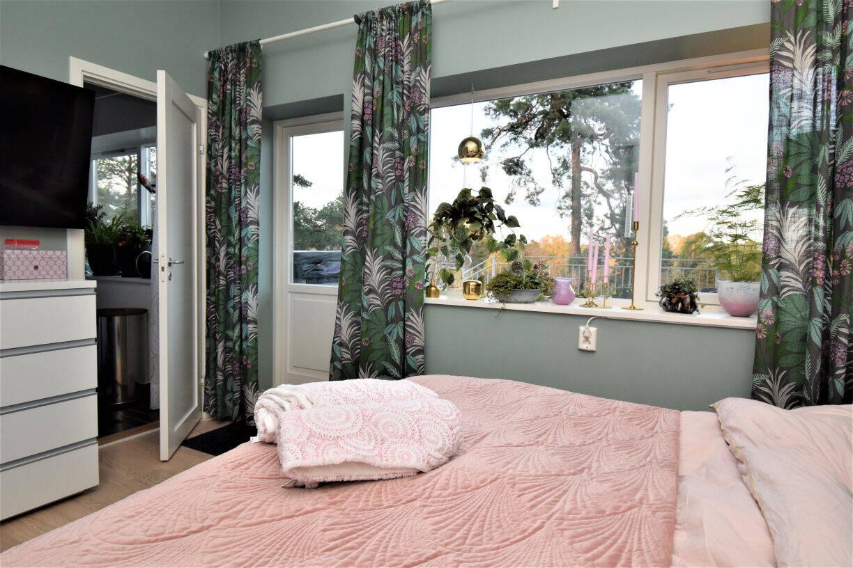 Master bedroom (arkivbild Kummelnäs)