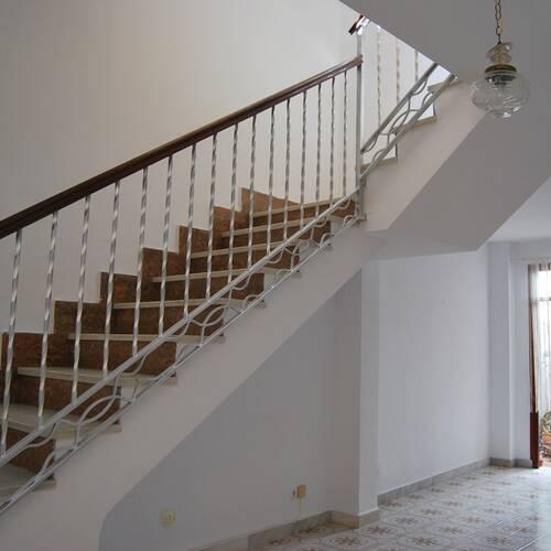 Pampig trappa till övre plan