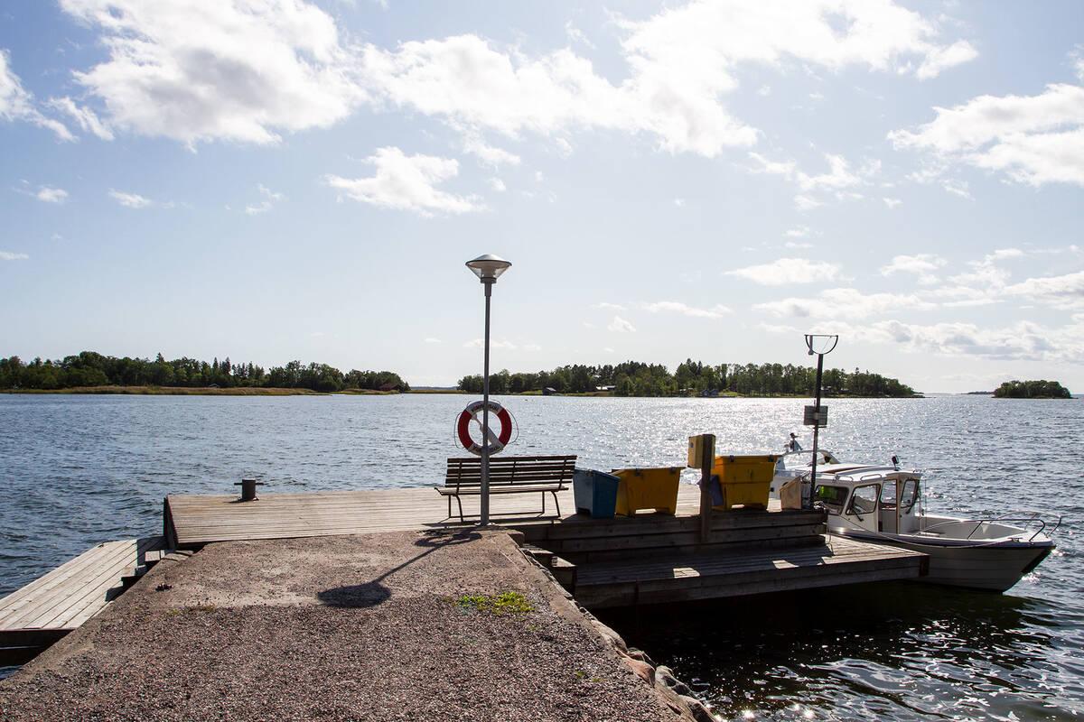 Ångbåtsbryggan-daglig trafik året om
