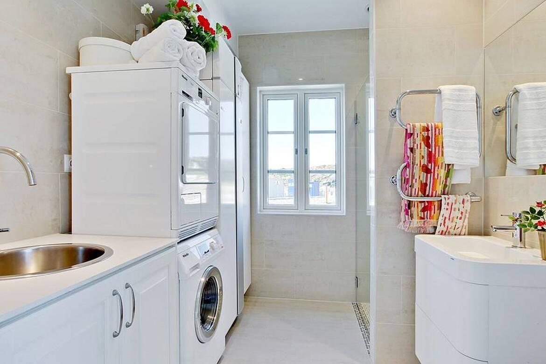 Skärgårdshus - exteriör - badrum/tvättstuga plan 1