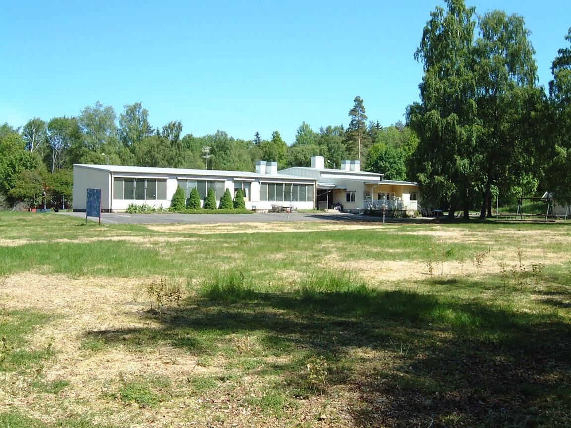 Kommersiell fastighet, Braslyckevägen 16, Torup