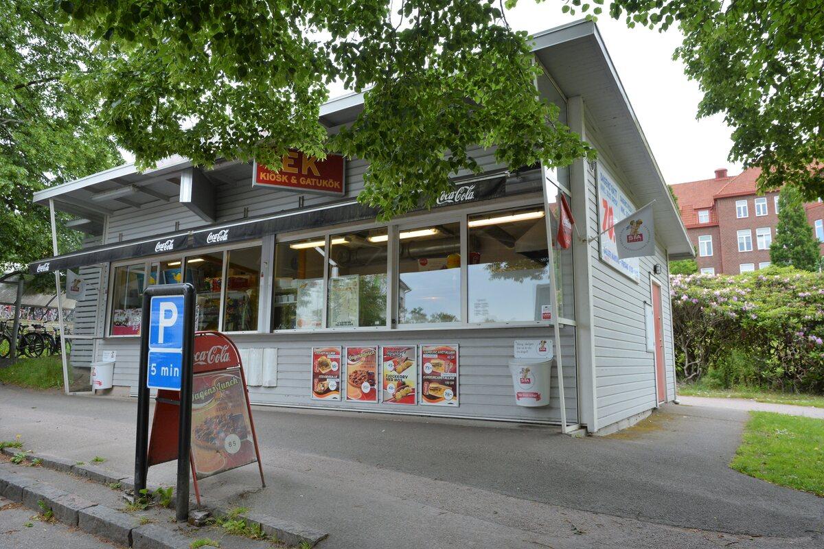 Kommersiell fastighet, butik, Lasarettsvägen 17, Halmstad