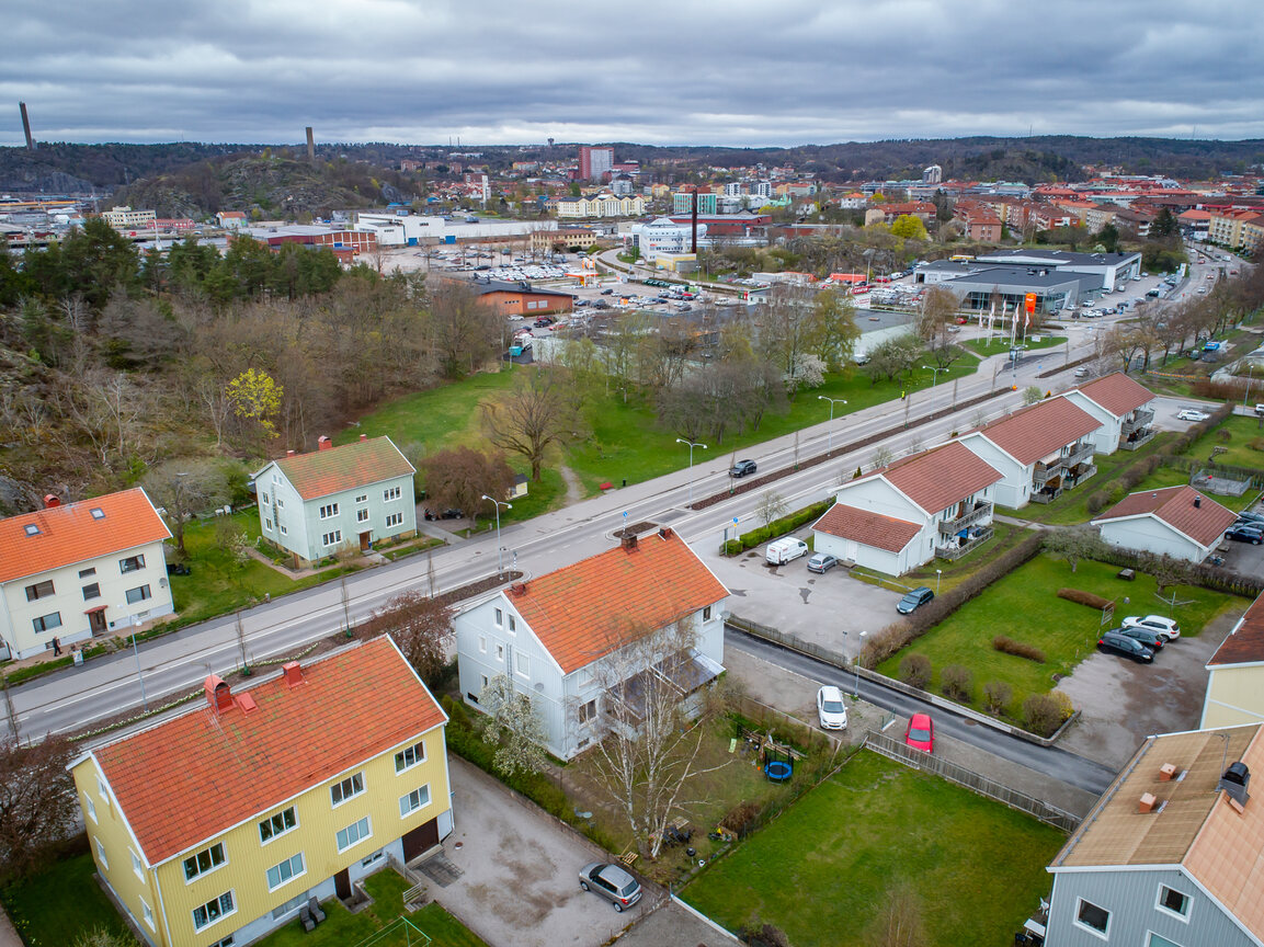 Kommersiell fastighet, bostäder, Göteborgsvägen 27, Uddevalla
