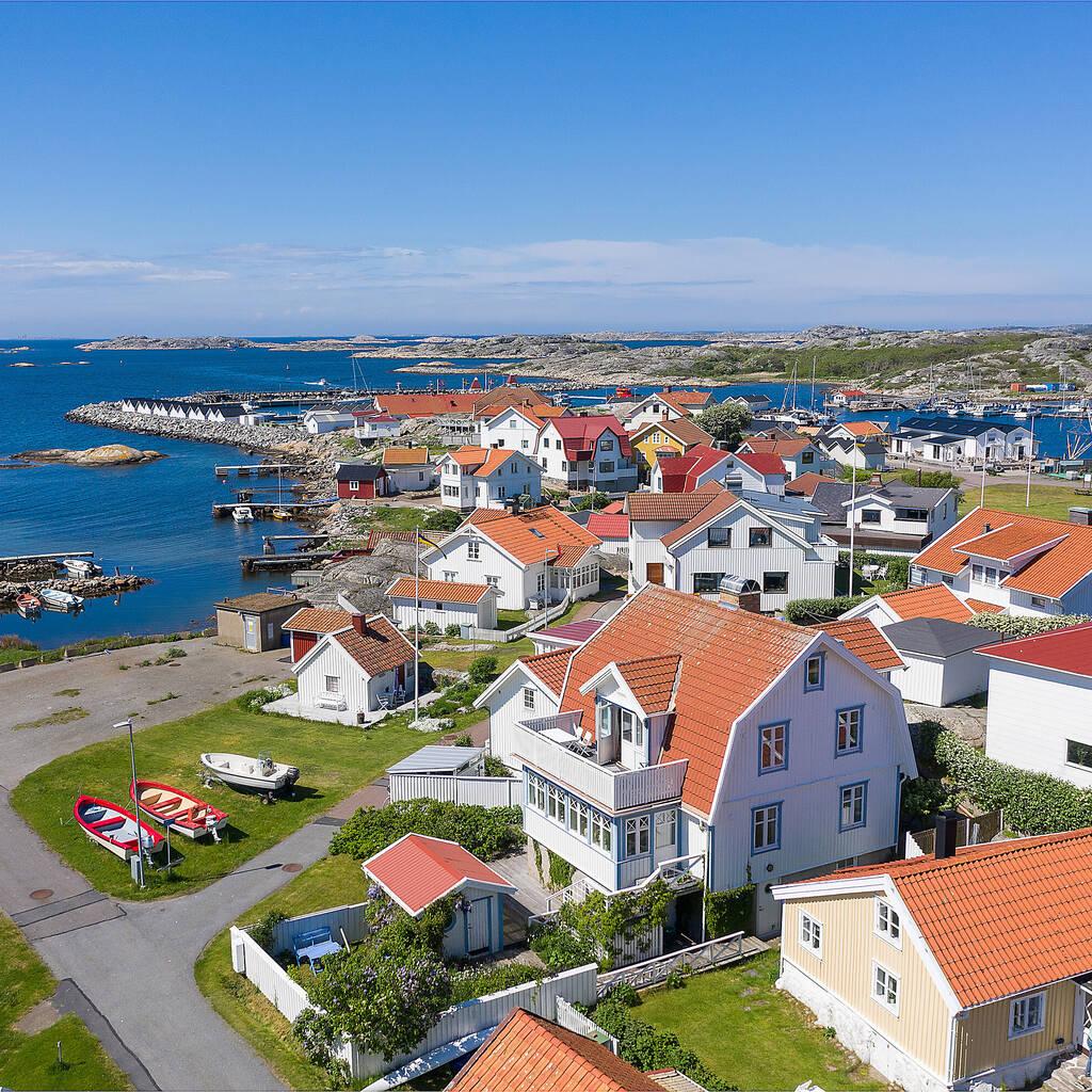 Skärgårdsvilla med havsutsikt och egen sjöbod