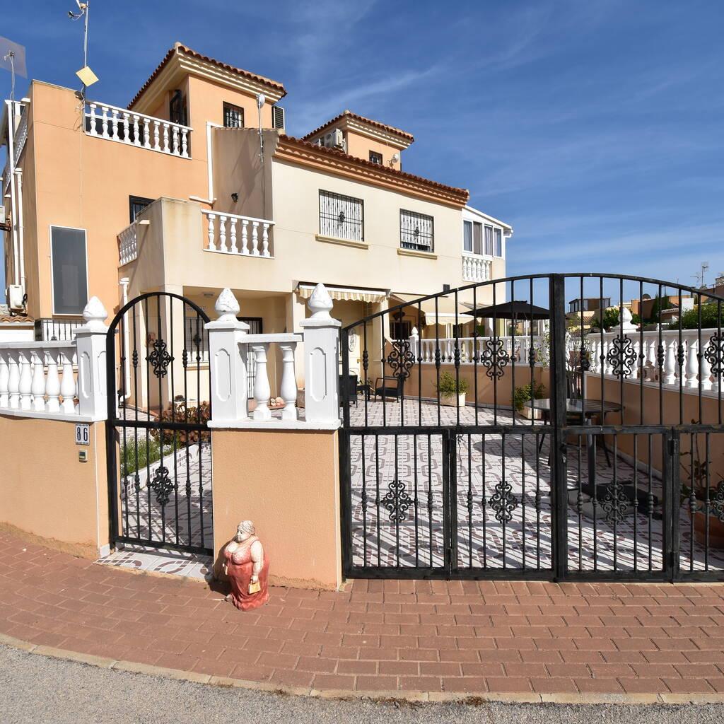 Radhus i Torrevieja på 75 m2