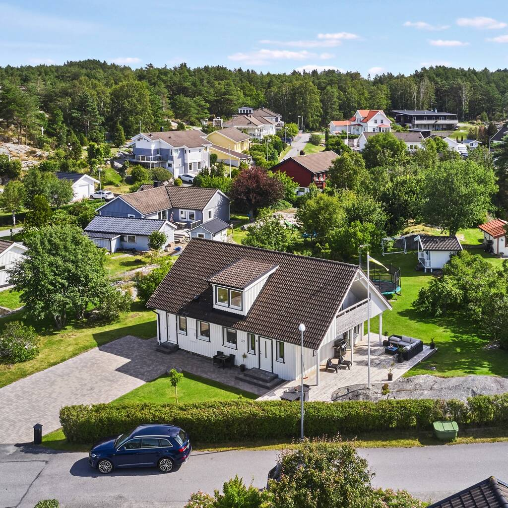 Välskött familjevilla i populära Hästevik, Dalen